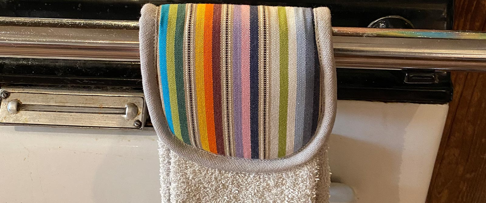 Aga Towels | Hanging Hand Towels for Ranges