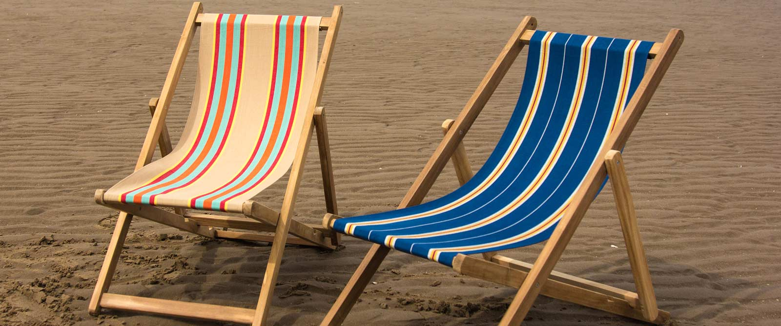 deckchairs buy folding wooden deck chairs the stripes company