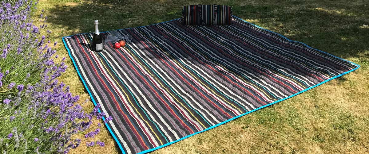 Striped Picnic Blankets with Carry Bag | Roll Up Stripe Picnic Rugs