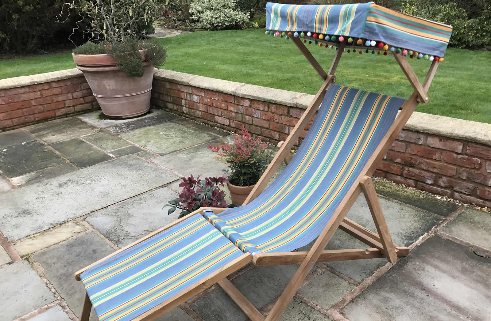 Edwardian Deckchairs with Canopy and Footstool Sky blue, jade green