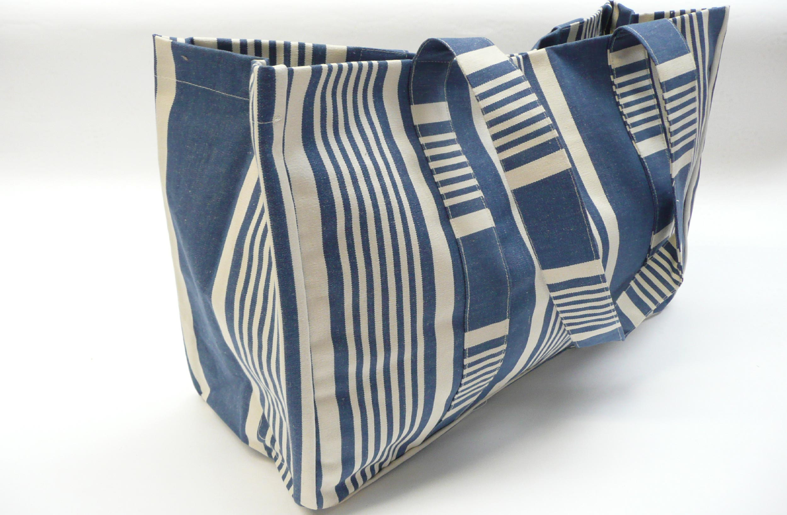 Extra Large Navy Blue Stripe Beach Bag | The Stripes Company ...