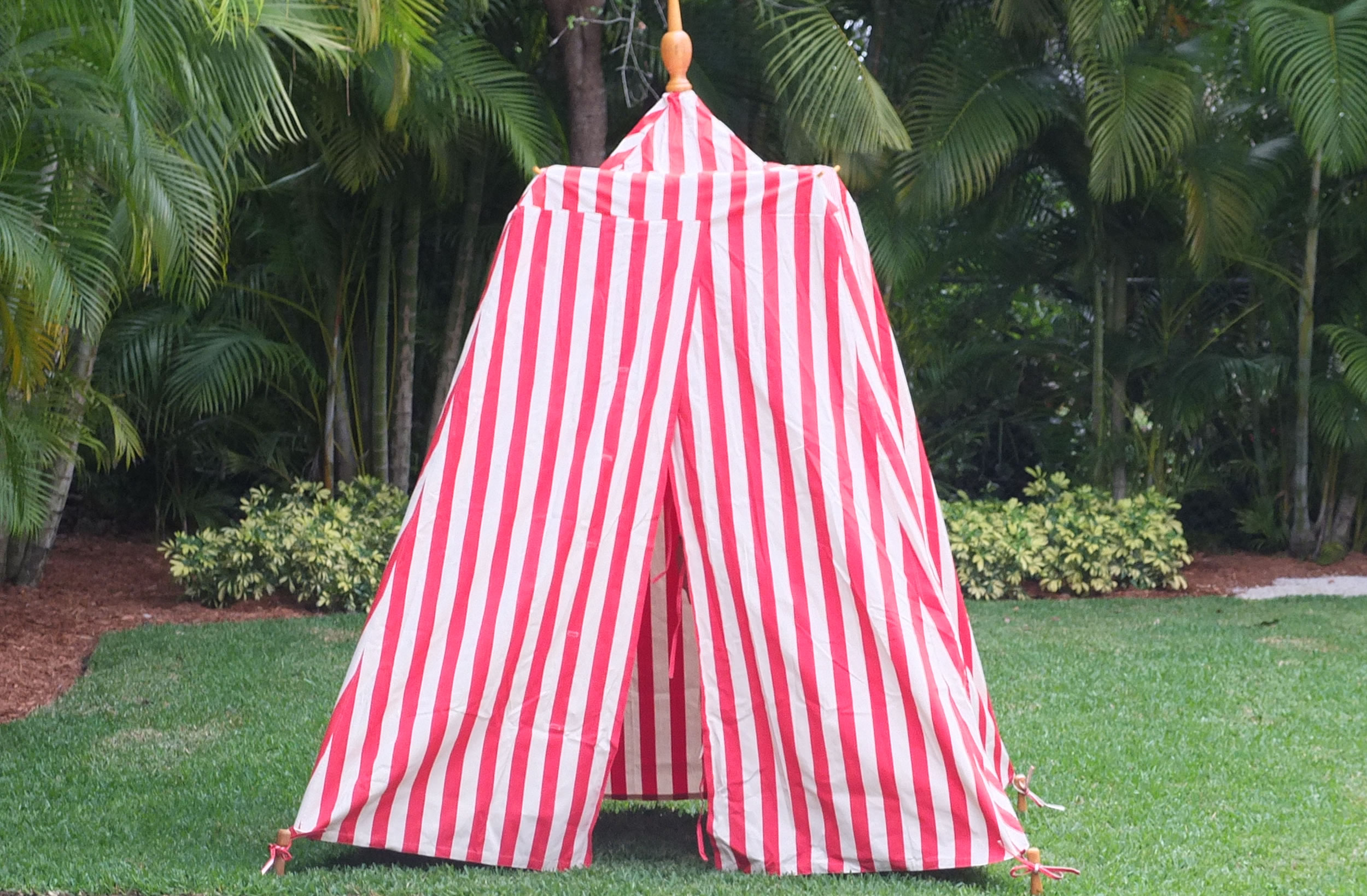 Red Striped Beach Tents | Empire Bathing Tents in Red and White Stripes