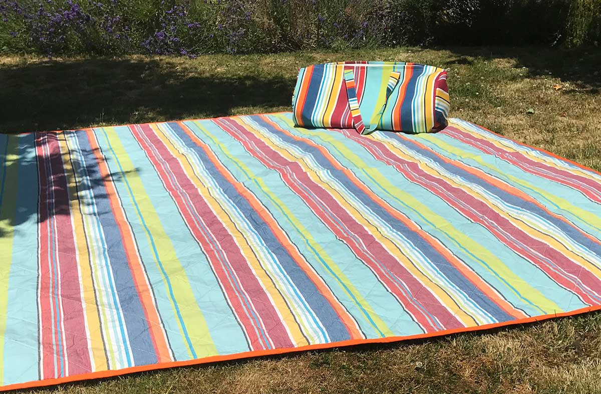 Striped Picnic Blankets with Carry Bag | Roll Up Stripe ...